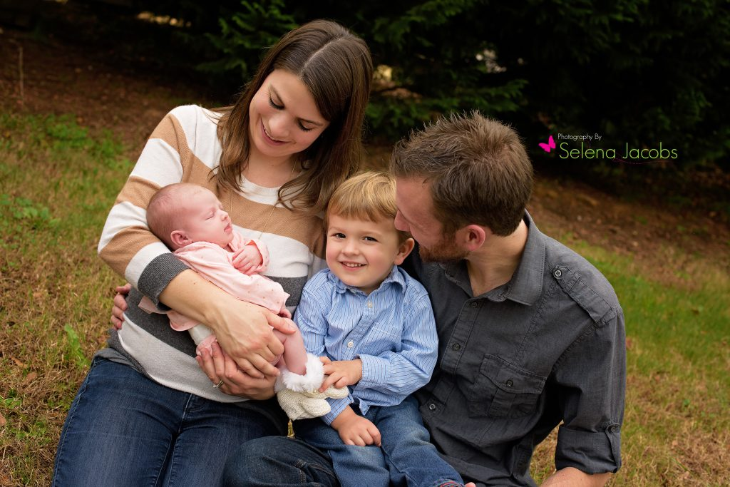 Jenkinsburg ga newborn photographer